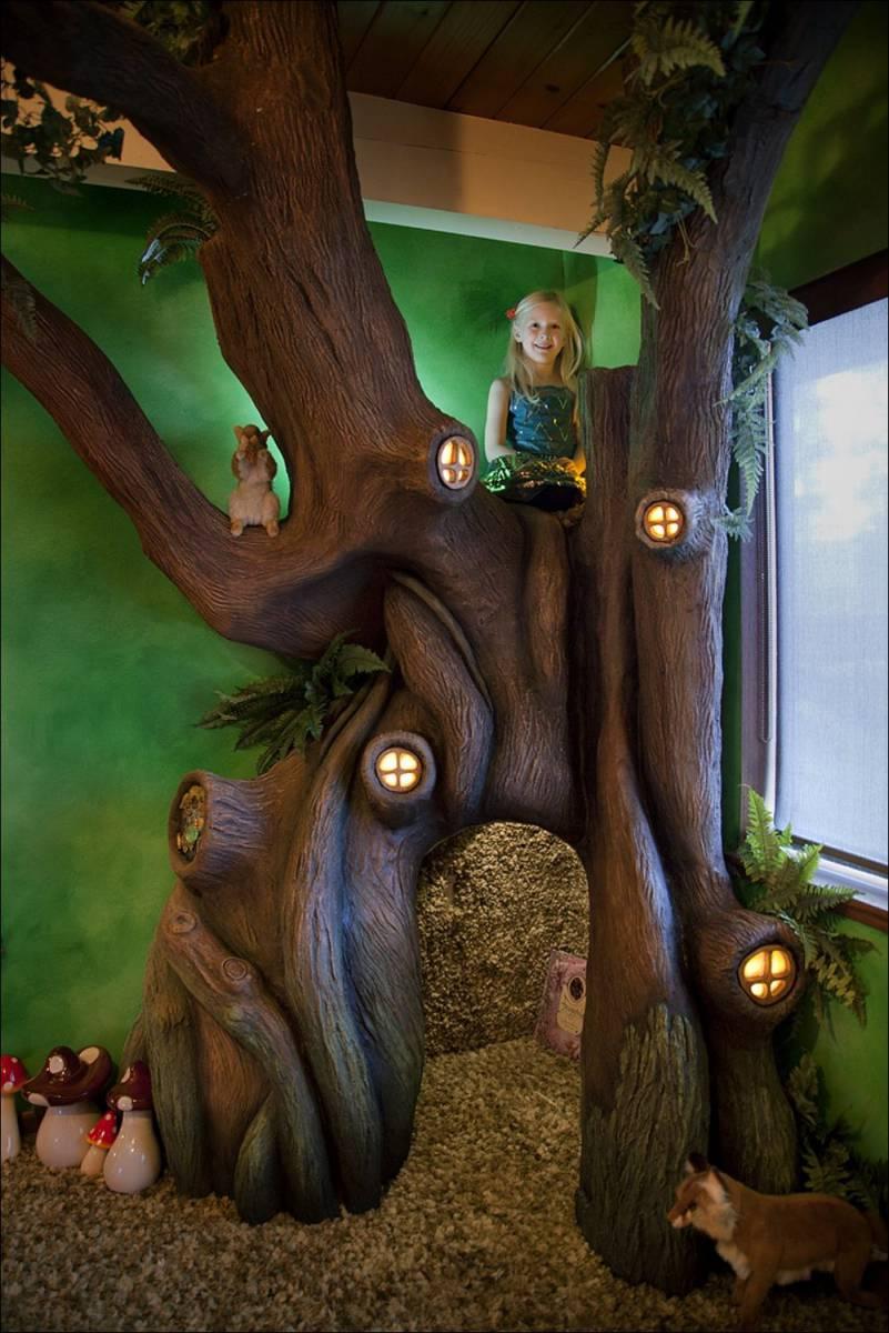 room-tree-012