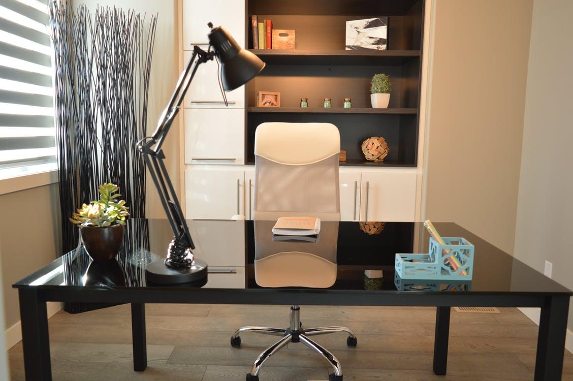 Správná kancelářská židle